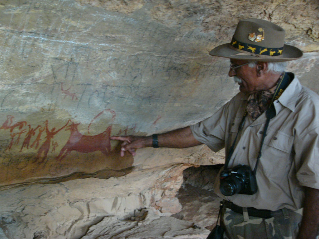 fateh singh rathore watching cave paintings