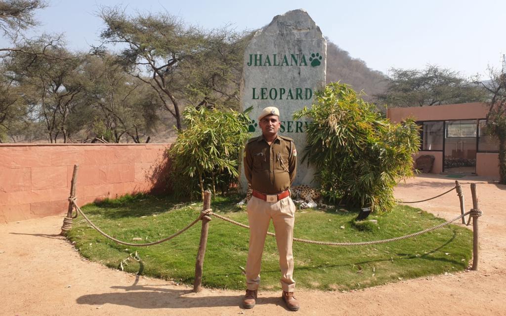 वन रक्षक 2:       पक्षी विविधता और संरक्षण प्रेमी: राजाराम मीणा